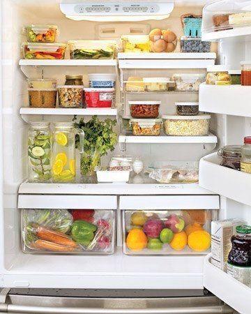 5 Ефективних засобів від запаху в холодильнику