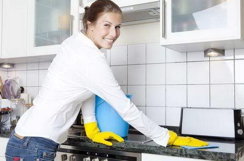 Як використовувати оцет для очищення і дезінфекції?
