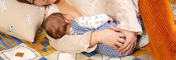 Як навчити дитину засинати без грудей?