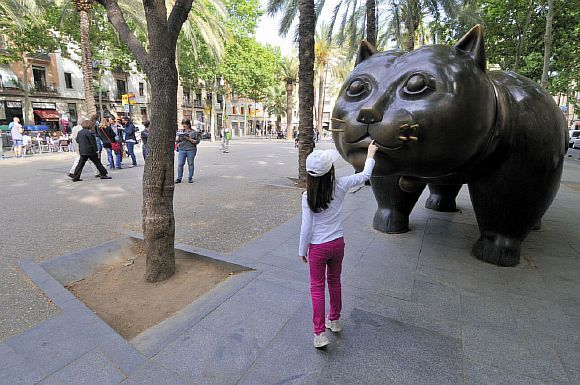 Королі вулиць: 9 пам`ятників кішкам