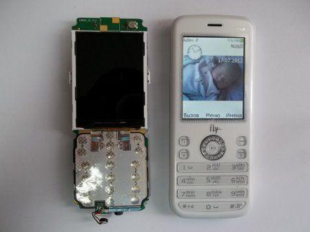Особливості ремонту мобільних телефоноф марки Fly