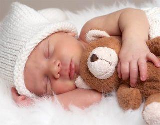 Скільки спить немовля?