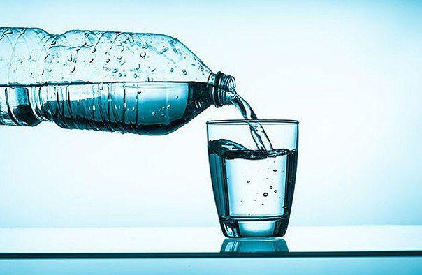 Скільки води пити в день? Якщо пити більше води, ніж необхідно організму (пам`ятаємо, що у кожного свої норми):
