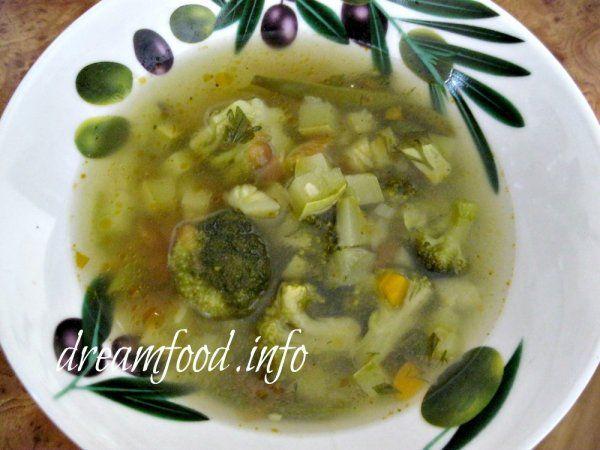 Суп з брокколі