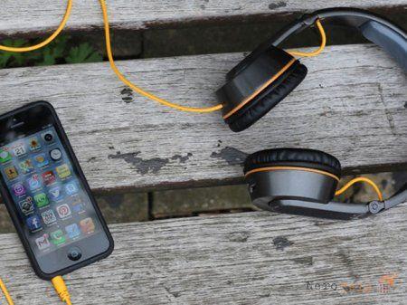 Вибираємо навушники для телефону